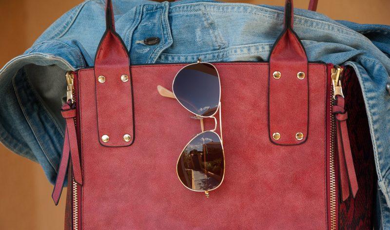 Cosa non deve mai mancare nella borsa delle donne