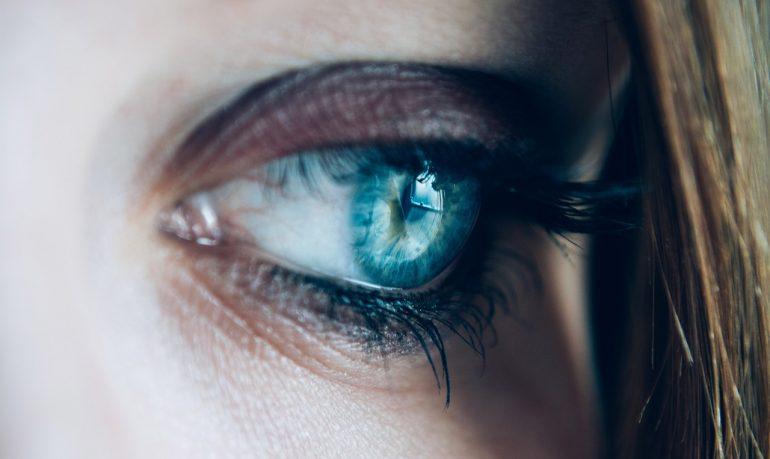 Malattie psicosomatiche: quando il cuore non ha più lacrime, piange il corpo