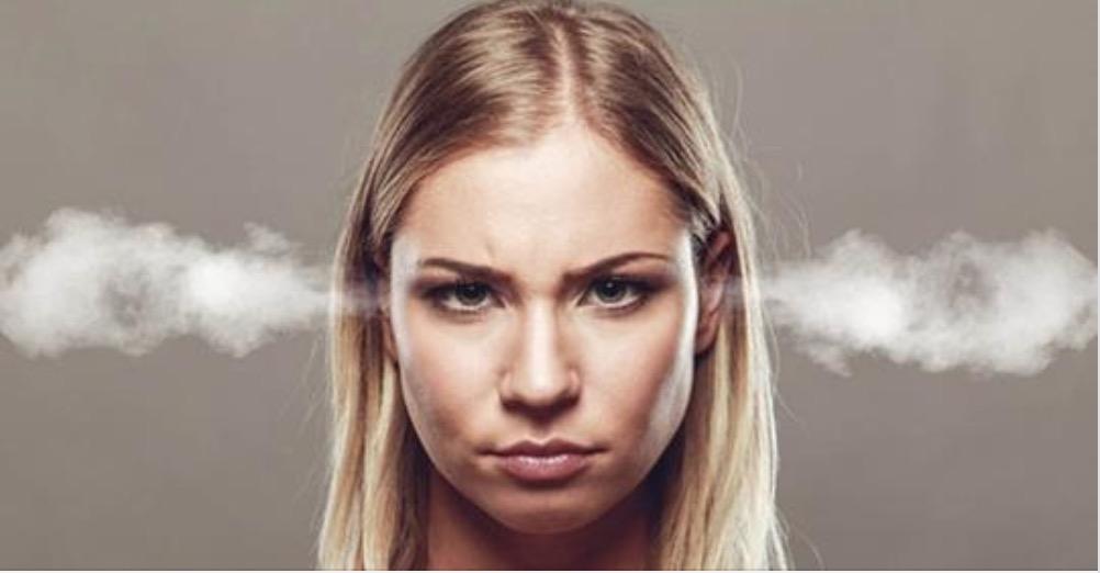 Donne irritabili: secondo la scienza sono più intelligenti