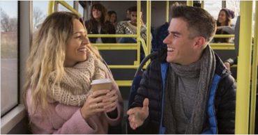Le persone più felici parlano con gli estranei sui mezzi pubblici