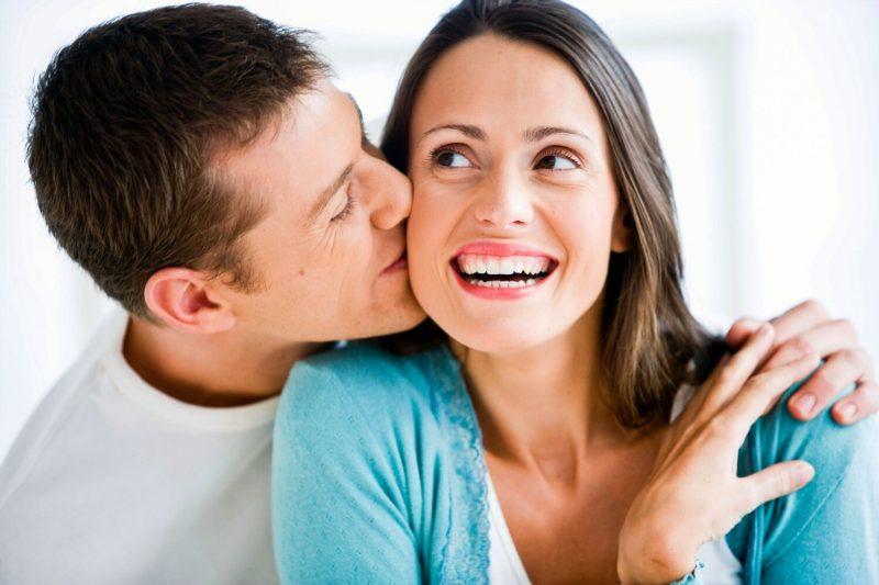 Avere un partner più giovane ringiovanisce