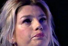 Photo of Emma Marrone, le cartelle cliniche sono false. La verità dall'ufficio stampa