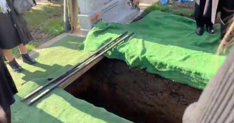 Funerale shock: dalla bara si leva la voce del defunto