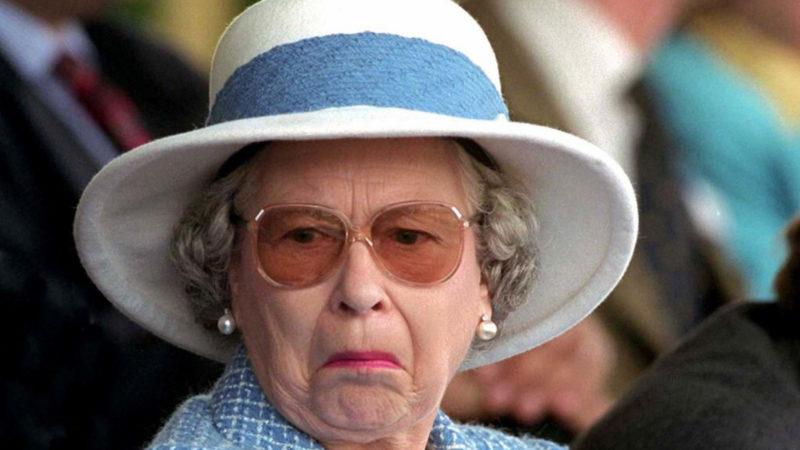 Pensionato chiede alla regina il test del DNA