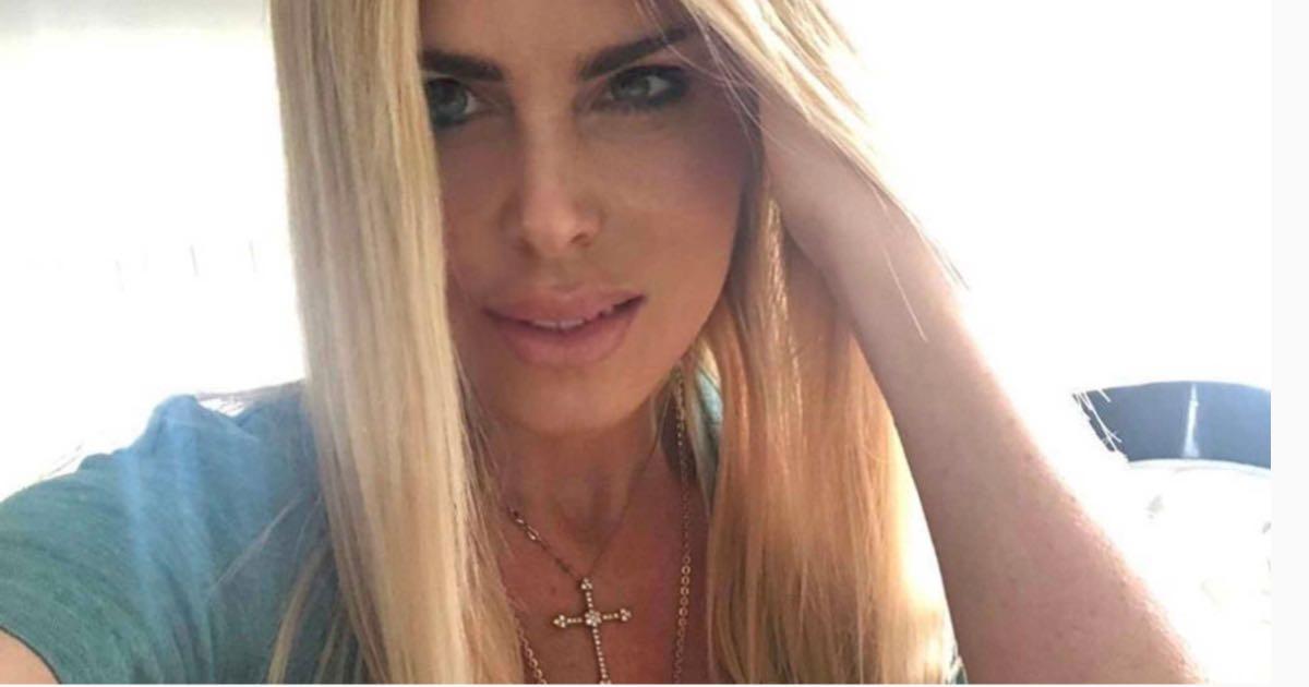 Loredana Lecciso è innamorata e presenta il suo nuovo amore sui social