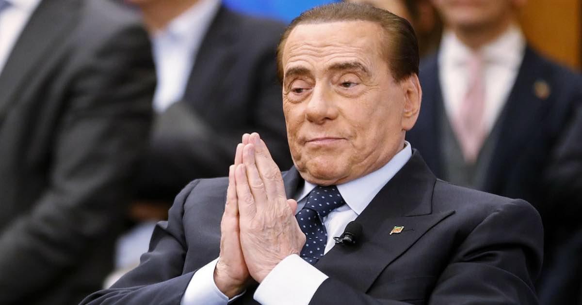 Ruby Ter, Silvio Berlusconi cavalcato a turno dalle ragazze