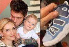 Photo of Chiara Ferragni mostra le scarpe del figlio. Piovono critiche per il costo