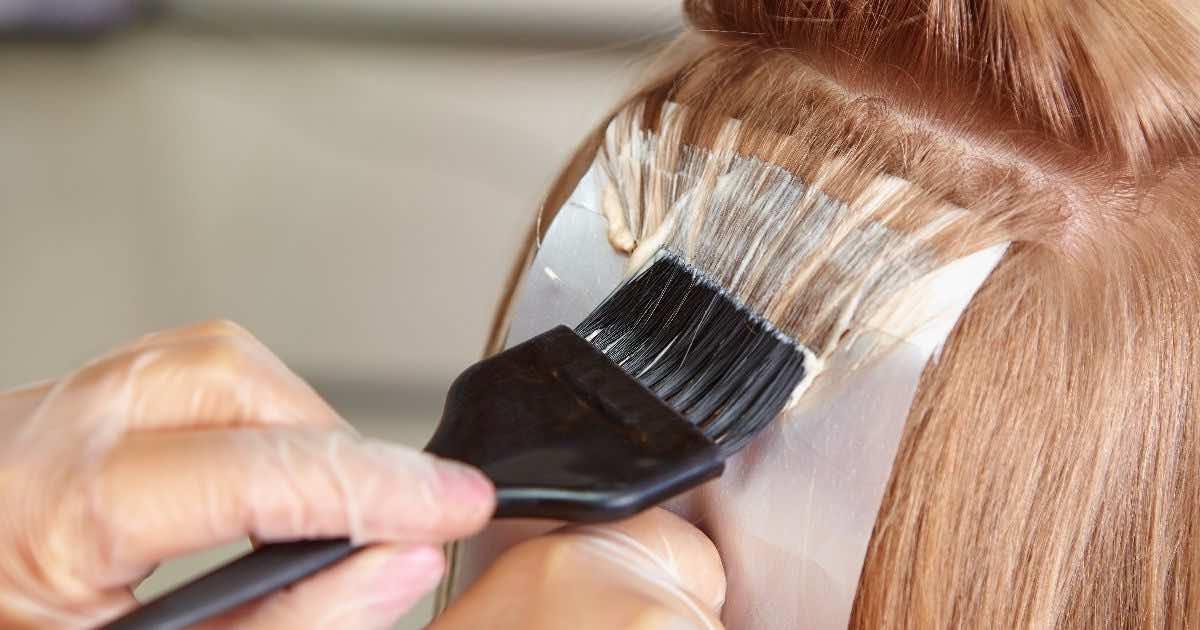 Tingere i capelli a casa