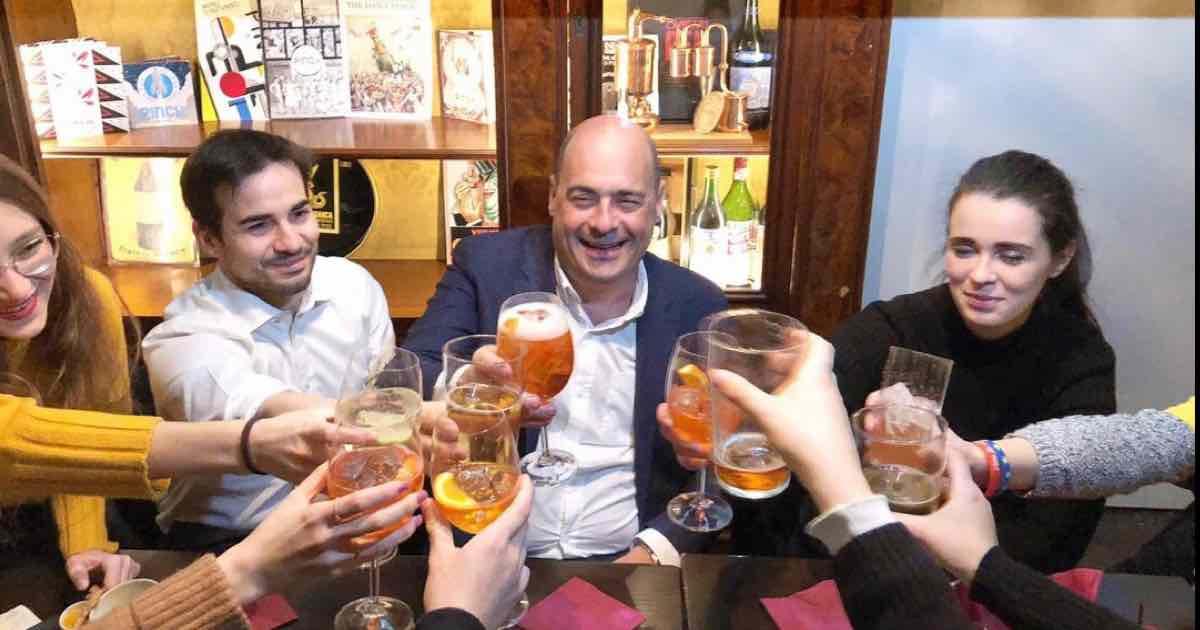 Zingaretti positivo al Coronavirus, aperitivo a Milano
