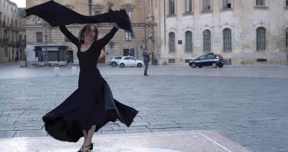 Ballerina danza pizzica