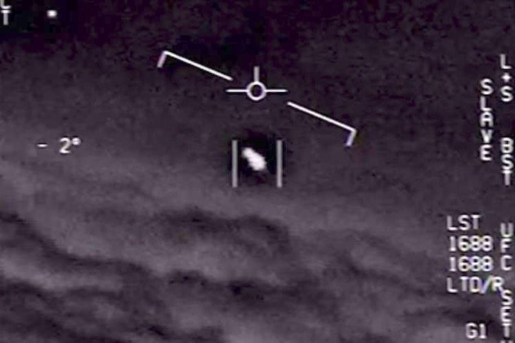 Pentagono conferma fenomeni aerei non identificati