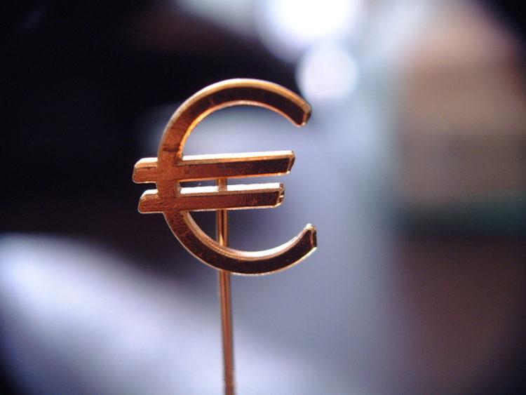 Coronavirus Italia: moneta parallela