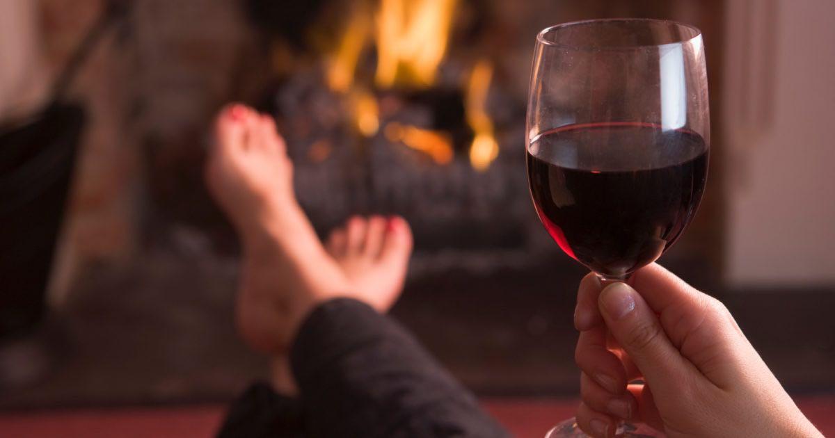 Un bicchiere di vino prima di dormire aiuta a perdere peso
