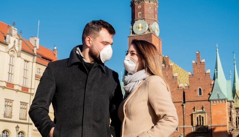 Incontra la fidanzata positiva al Coronavirus