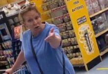 """Photo of Infermiera cacciata da un supermercato: """"Vai via, diffondi il Coronavirus"""""""