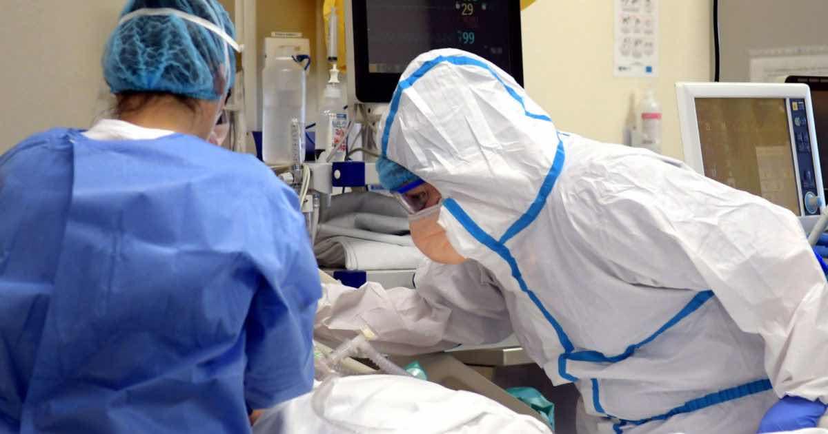 Coronavirus. Ragazza 25enne muore sola in ospedale dopo videochiamata