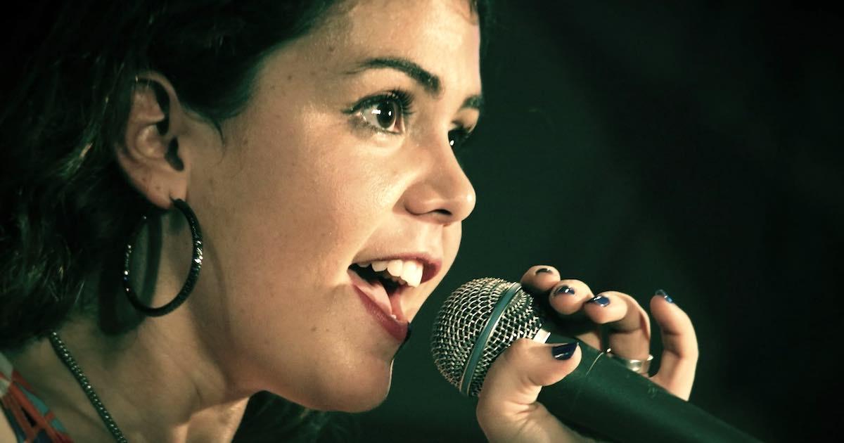 Le persone che amano cantare