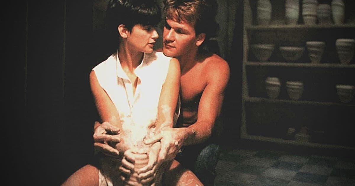 Patrick Swayze in Ghost, scena dell'argilla