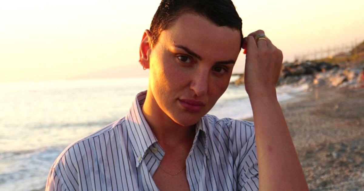 Arisa, la foto in bikini spacca il web
