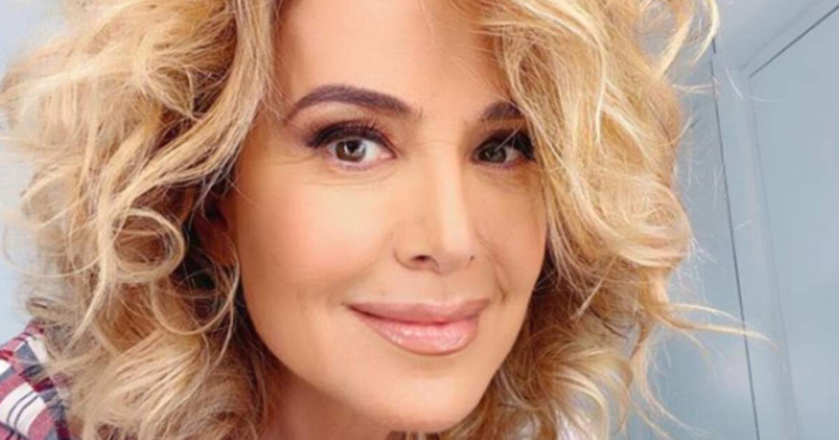 Barbara D'Urso annuncia il suo fidanzamento