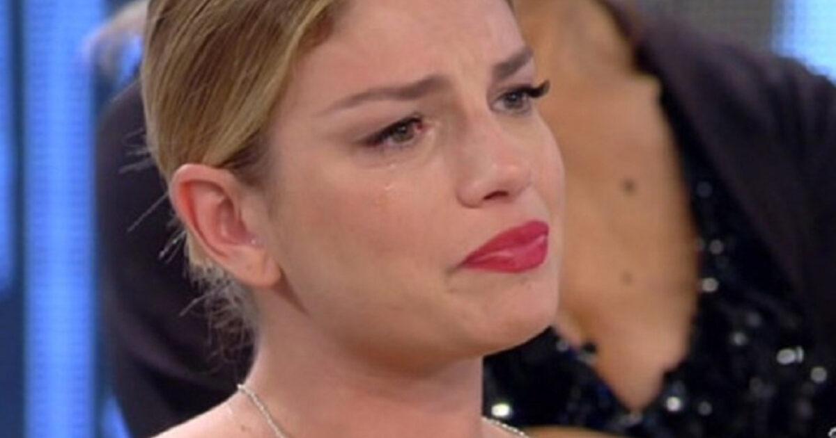 Emma Marrone insultata sui social reagisce