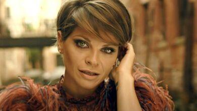 """Photo of Alessandra Amoroso è irriconoscibile dopo il cambio radicale di look: """"Non lo farò mai più"""", confessa."""