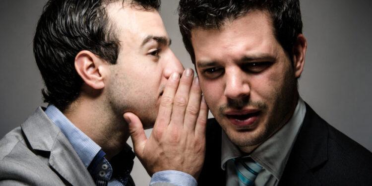 Gli uomini sono più pettegoli delle donne