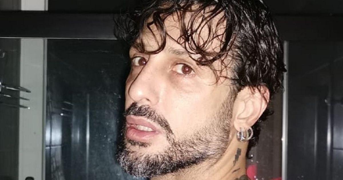 Fabrizio Corona fuori di sé minaccia il suicidio