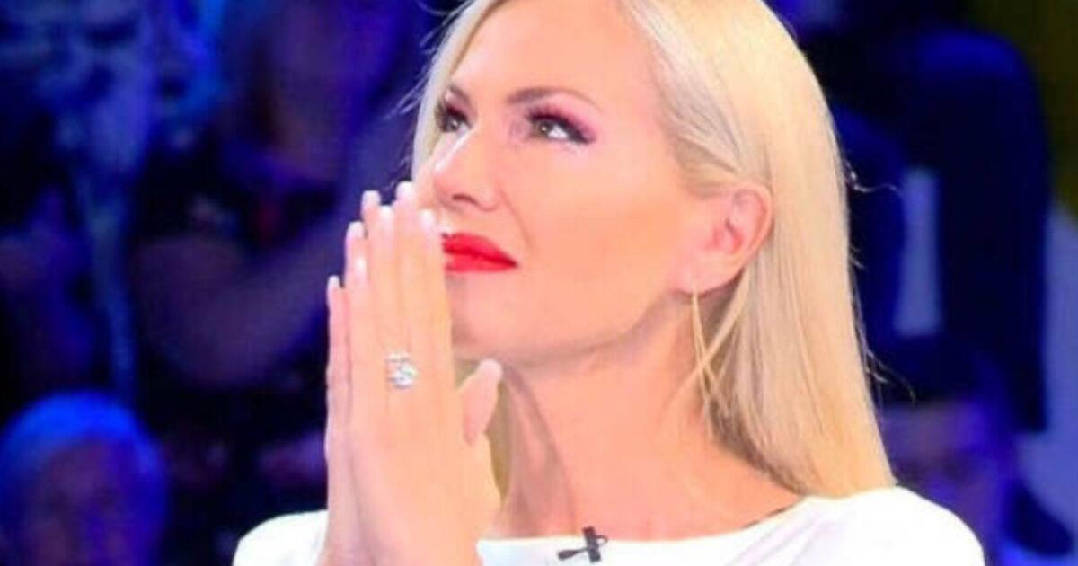 Federica Panicucci disperata a Verissimo parla del padre