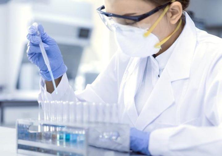 Coronavirus volontari sperimentazione vaccino covid
