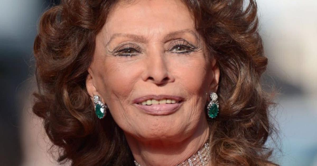 Stella McCartney omaggia Sophia Loren con una pelliccia vegan