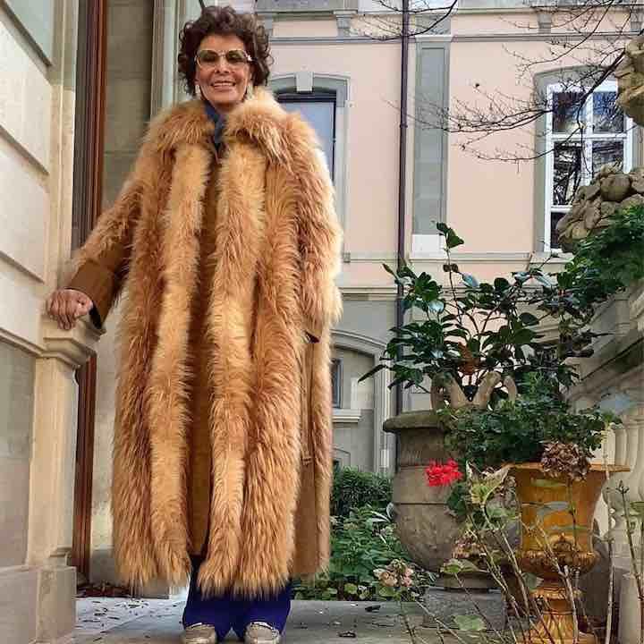 Stella McCartney omaggia Sophia Loren pelliccia