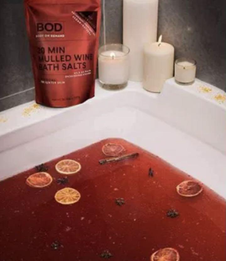Un trattamento skincare rilassante e salutare- il bagno nel vin brulè
