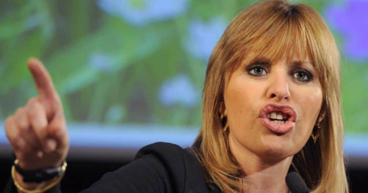 Alessandra Mussolini lascia la politica, l'annuncio stupisce tutti