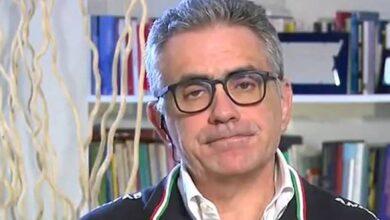 """Photo of Il virologo Fabrizio Pregliasco fa una previsione poco incoraggiante : """"C'è da aspettarsi una terza ondata Covid. Ecco quando avverrà"""""""
