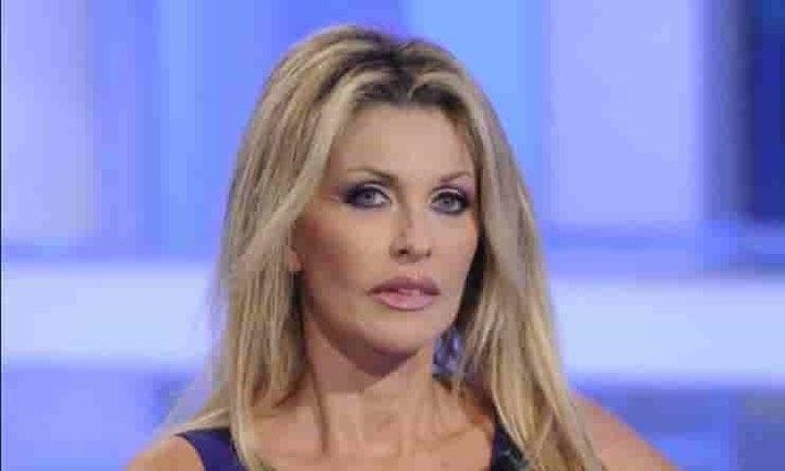 Paola Ferrari inconsolabile per la morte del suo grande amico Paolo Rossi