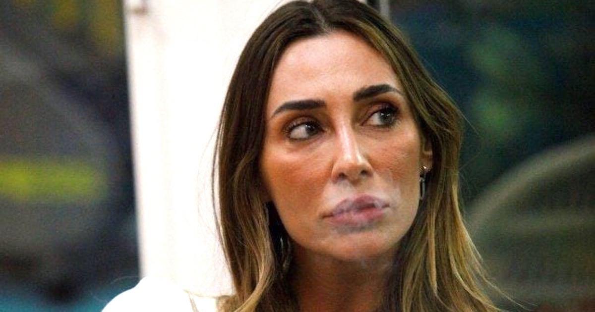 Sonia Lorenzini Va cacciata, tutti contro la new entry del Gf Vip