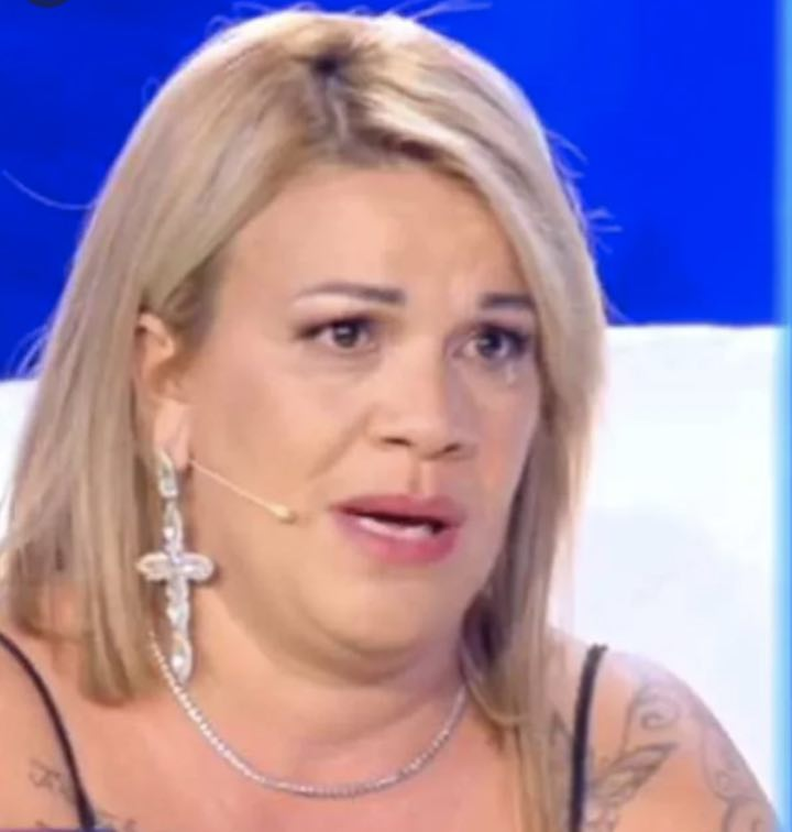 Angela da Mondello in un comunicato social denuncia di aver intrapreso vie legali contro gli haters