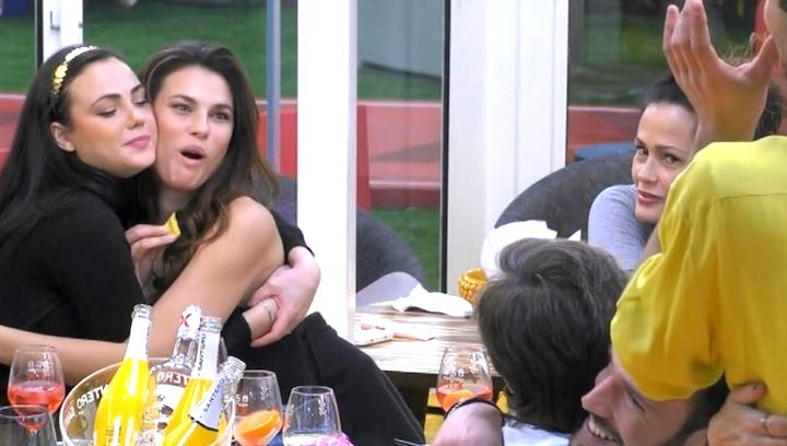 Dayane Mello bersagliata dal web per il gesto contro Maria Teresa Ruta