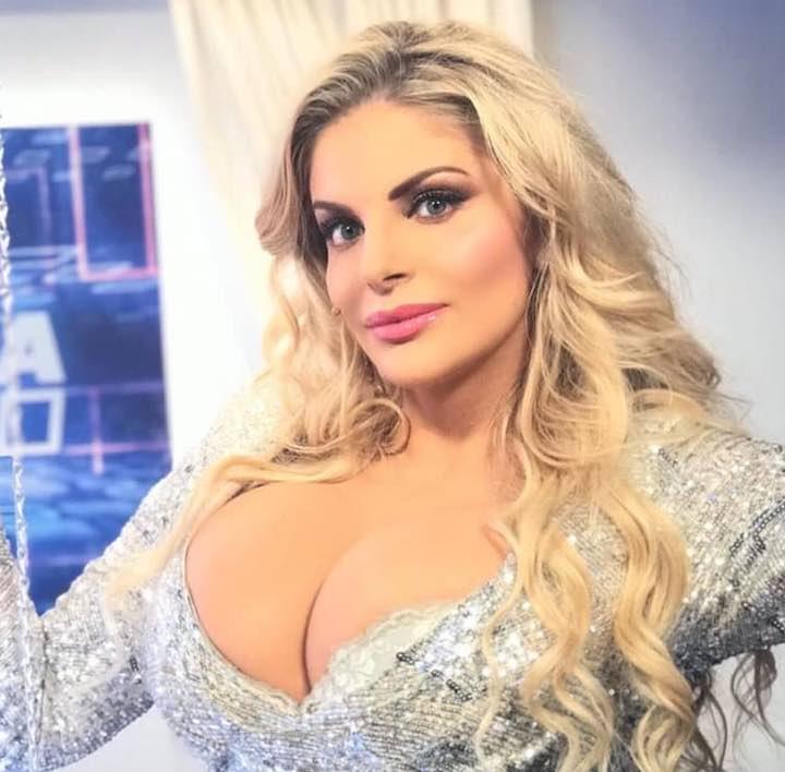 Francesca Cipriani contro Antonella Elia