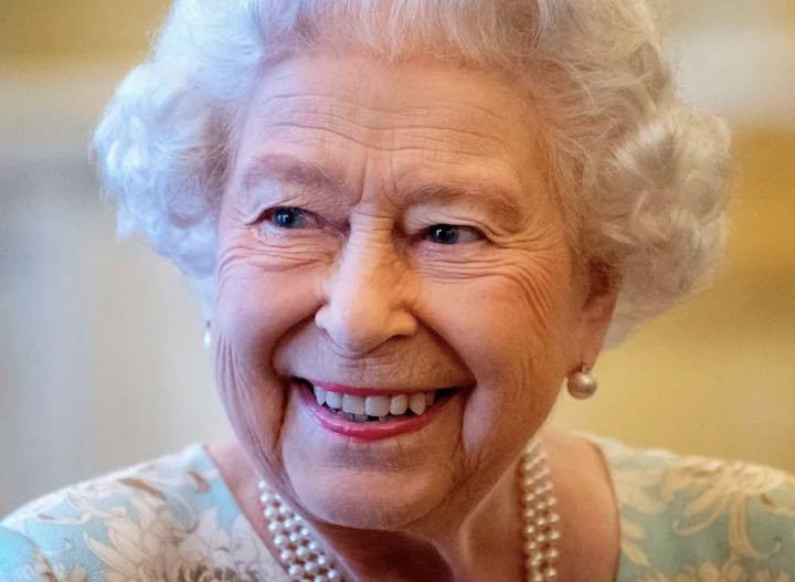 Regina Elisabetta, rivelato il suo segreto contro l'invecchiamento