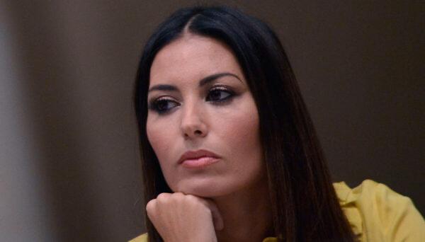 Elisabetta Gregoraci diffida Giulia Salemi
