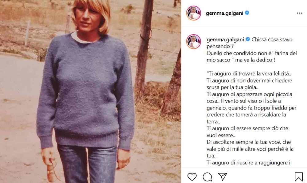 Gemma Galgani da giovane maglione